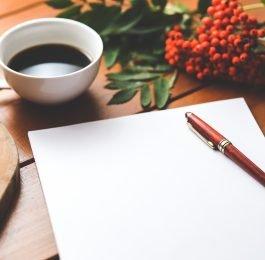 coffee cup desk pen 265x260 - CRP16 faz pesquisa online sobre o trabalho do(a) Psicólogo(a) na Proteção Social Básica do Sistema Único de Assistência Social (SUAS).